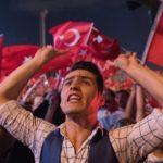 Banaanbax lagu taageerayo jawaabtii dowlada Turkiga ay ka bixisay isku-daygii afgembiga fashilmay oo ka dhacay magaalada Istanbul