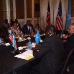 Xoghayaha arrimaha dibada dalka Maraykanka John Kerry oo kulan la yeeshay wasiirada arrimaha dibada wadamada Bariga Afrika