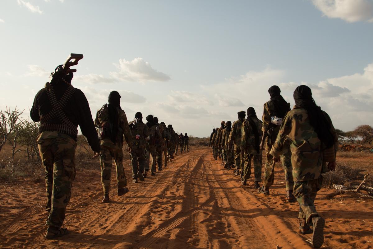 Maleeshiyada Al-Shabaab oo ciidamada Galmudug kala wareegay magaalada Camaara ee gobolka Mudug.[Xigashada Sawirka: Al Jazeera]