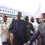 Madaxweynaha Nigeria Muhammadu Buhari oo dalkiisa dib ugu noqday kadib daaweyn caafimaad oo uu ku qaatay magaalada London