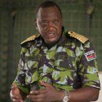Madaxweynaha dalka Kenya Uhuru Kenyatta oo safar aan la ogeyn ugu tagay ciidamada Kenya ee ku sugan gudaha Soomaaliya