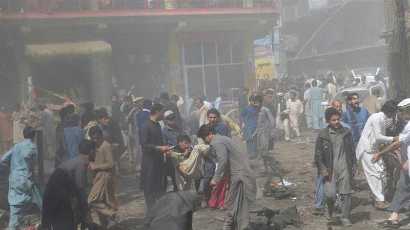 Ugu yaraan 22 qof oo ku dhimatay qarax ka dhacay waqooyiga-galbeed ee Pakistan. [Xigsahada Sawirka: Al-Jazeera]