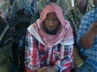 Hoggaamiyaha maleeshiyada Al-Shabaab Axmed Cumar Cubeydah. [Sawirka]